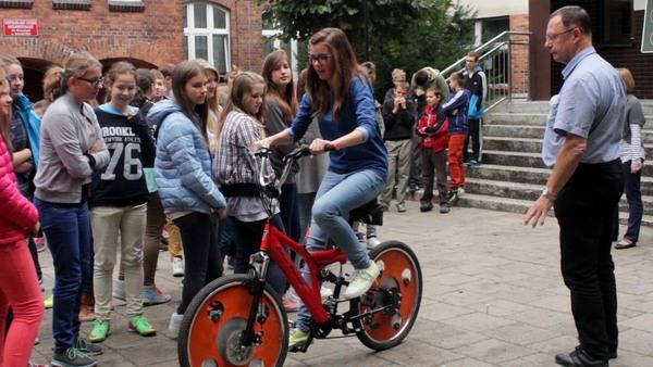 Wolsztyn - Rower z kołami Hoene Wrońskiego
