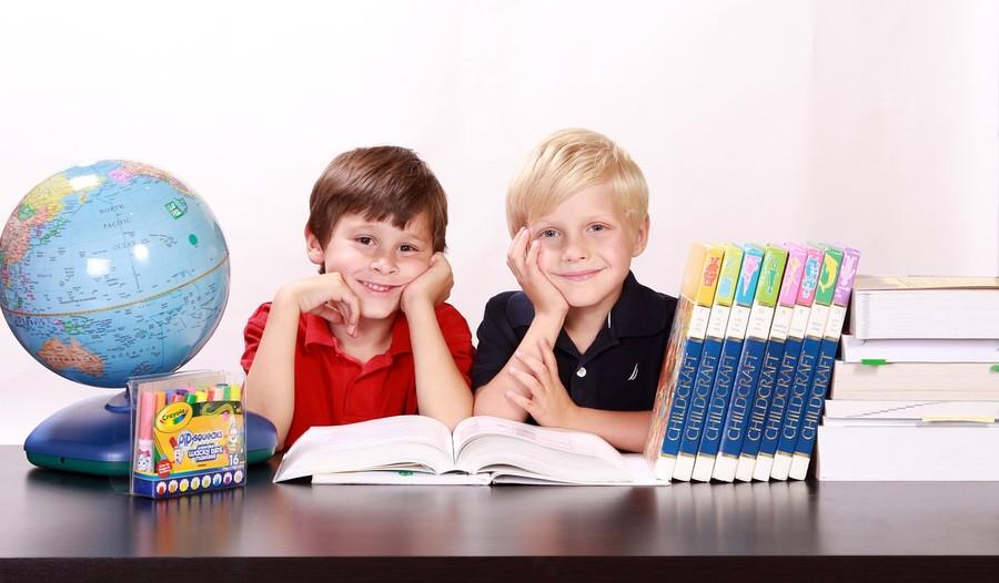 """300+ """"Dobry Start"""" dla ucznia - sprawdź kto może skorzystać"""