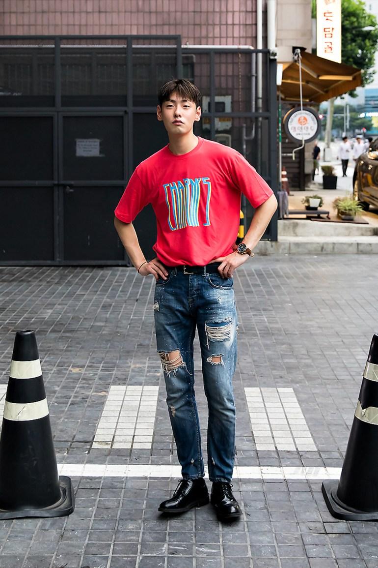 Bang Juho, Street Fashion 2017 in Seoul.jpg