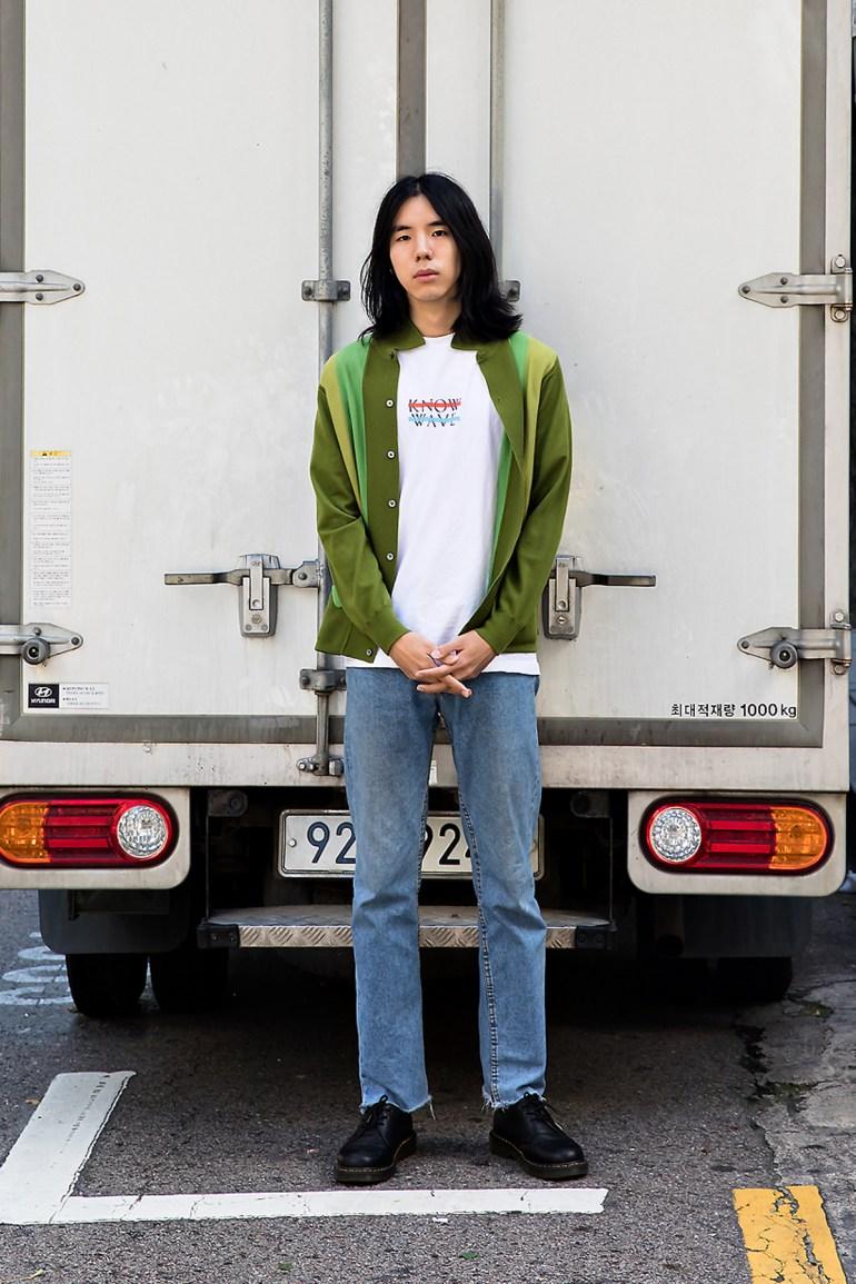 Yang Junhyung, Street Fashion 2017 in Seoul.jpg
