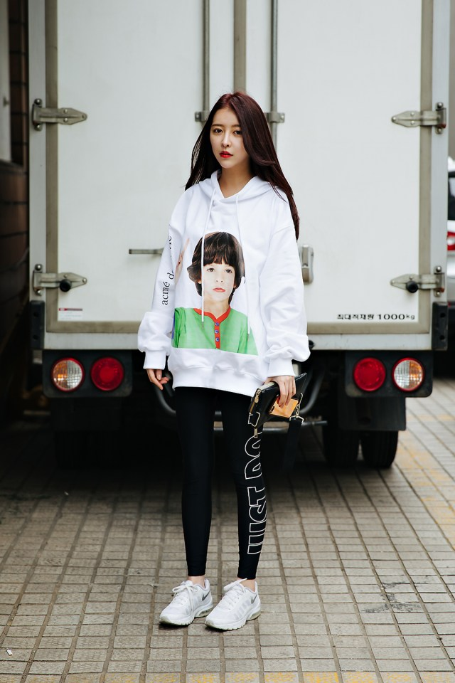 Um Dokyung, Street style women spring 2018 in seoul
