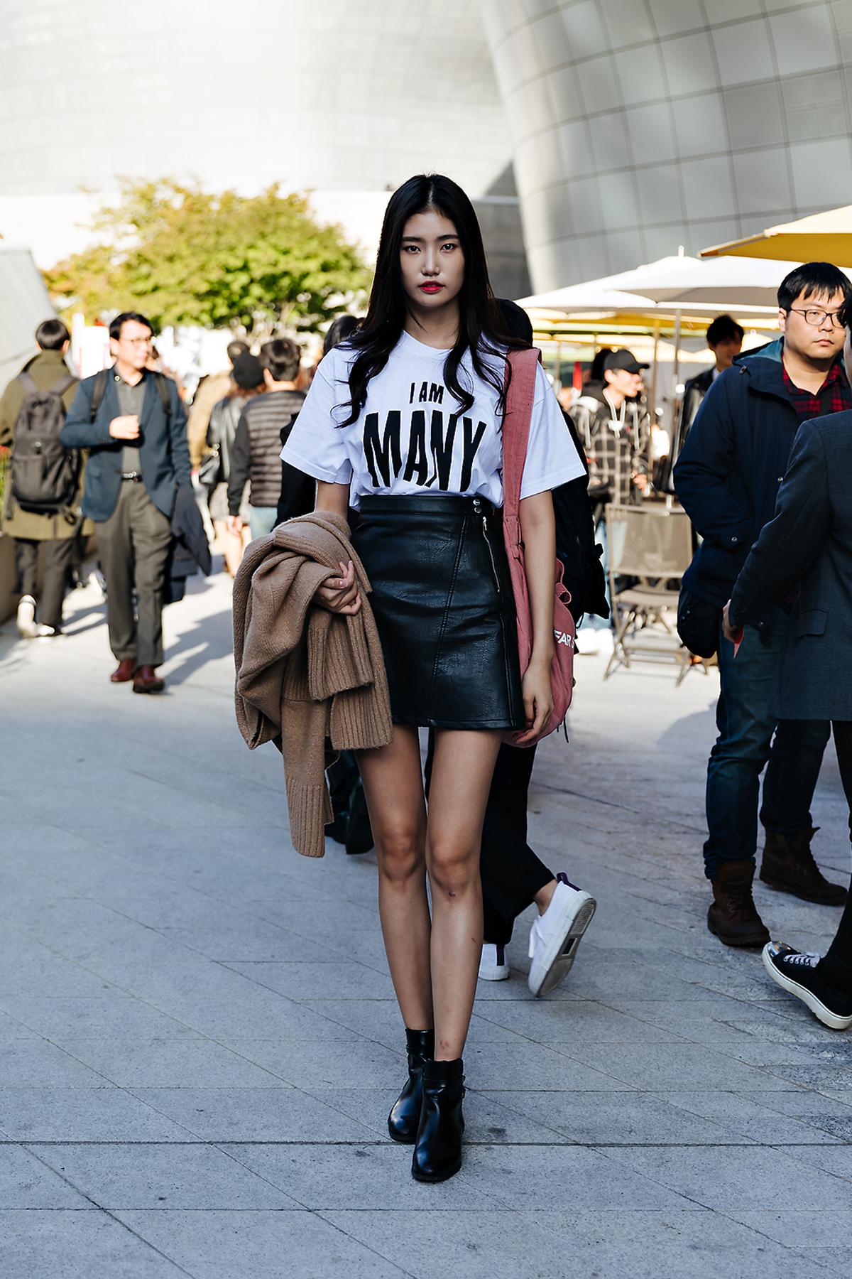 SEOUL FASHION WEEK STREETWEAR WOMENS 2019SS 4Day 10
