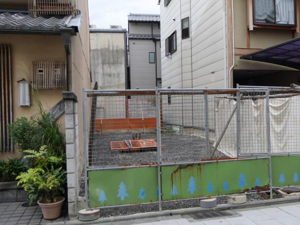 宮川町通りの解体
