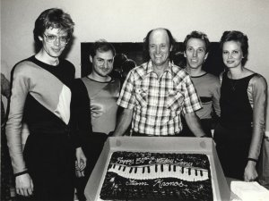 Kronos & Terry Riley 1985: Four people in this photo probably regret what they are wearing.