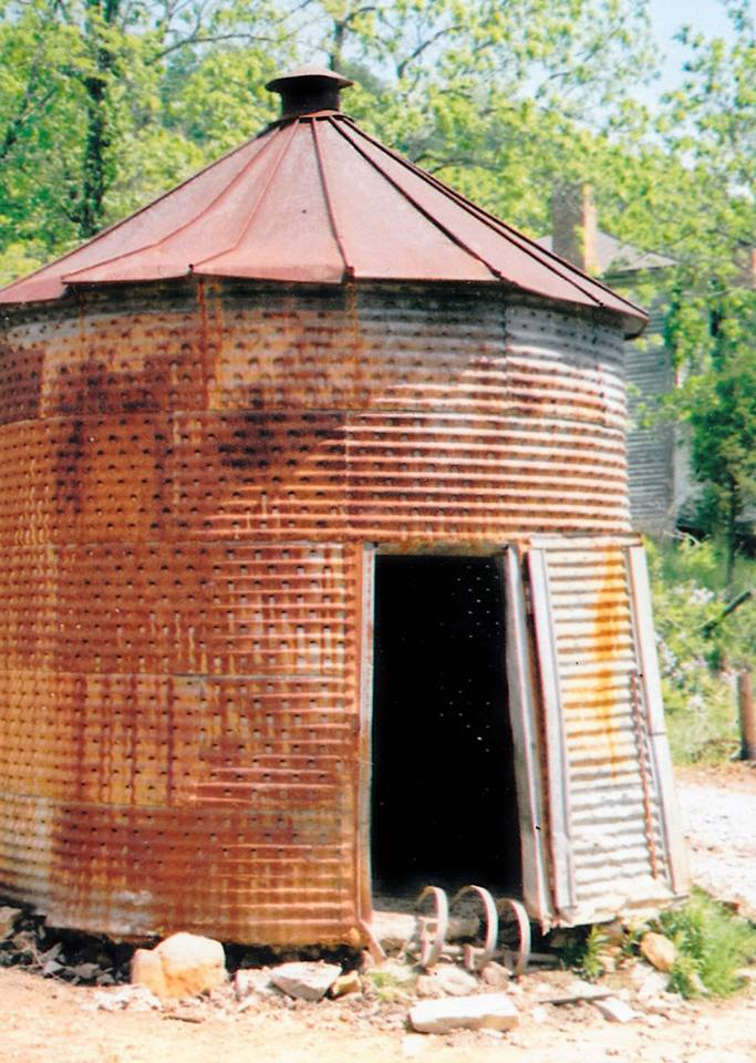 Corn Crib on Anderson Farm