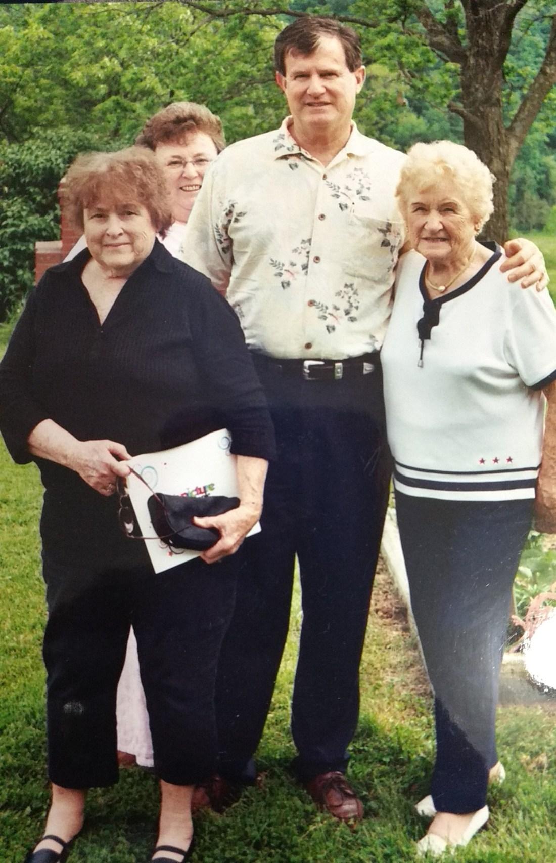 Nancy, Barbara, Ted, Mama