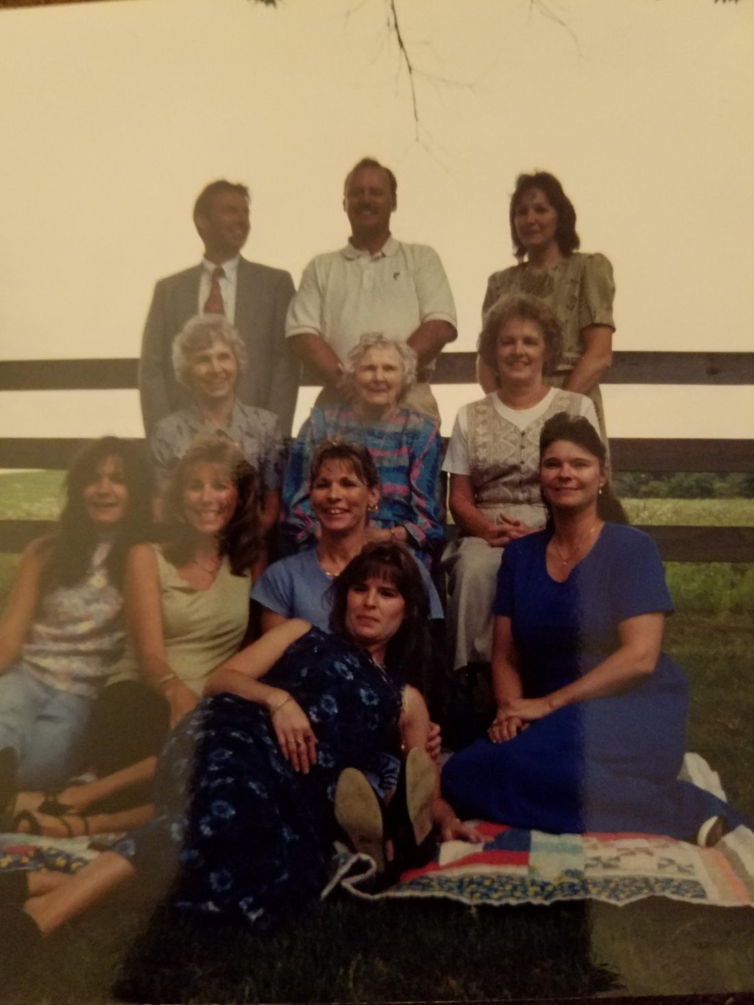 Top row: Be Be, Geary, Donna 2nd row: Kak, Granny, Hilda 3rd row: Lisa, Carolyn, Kathy, Peggy Front: Norma