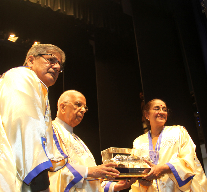Nanditha receiving dr. of literature IMG_4954