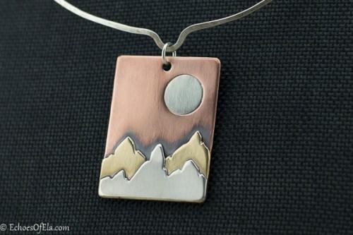 mixed-metal-mountain-pendant4