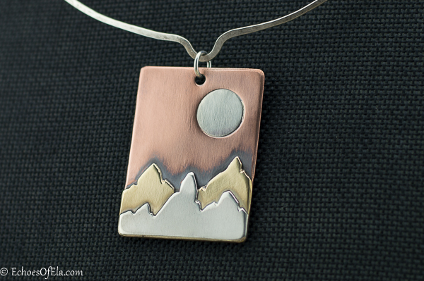 mixed-metal-mountain-pendant4