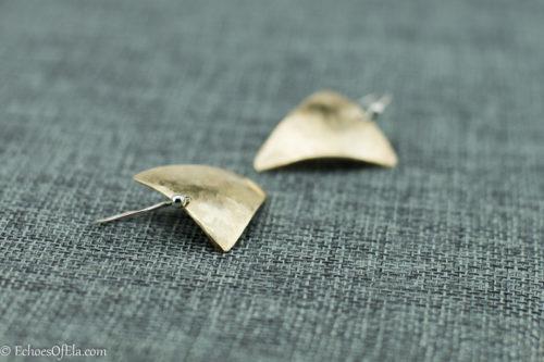 brass-triangle-earrings5