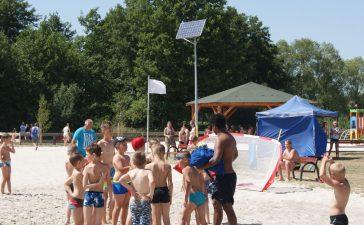 Tłumy na kąpielisku w Nowych Siołkowicach 3