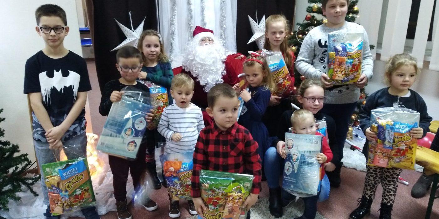 W Lubieni Mikołaj lubi dzieci… 1