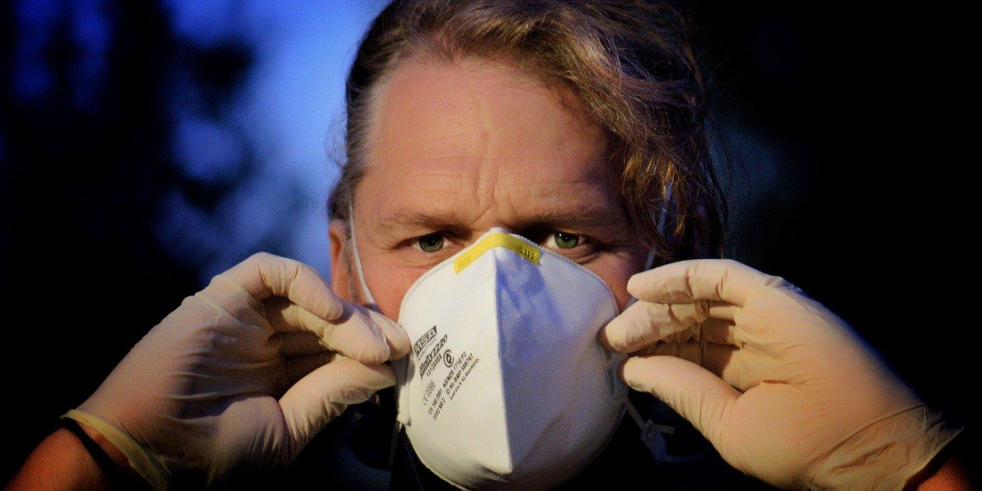 Ministerstwo Zdrowia chce uszczegółowić zasady zakrywania ust i nosa. Uwagi do projektu rozporządzenia można zgłaszać do środy 1
