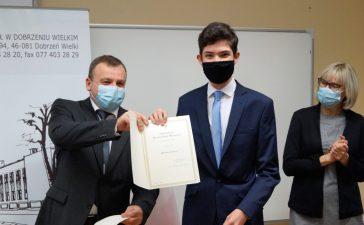 Czterech uczniów Zespołu Szkół otrzymało stypendia premiera 3