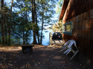 Echo Lake Resort Cabin One photo gallery link