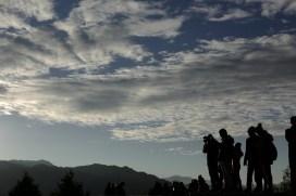 這個位置可以360度飽覽全景,而且要稍為多走幾步,遊人比祝山觀景台少