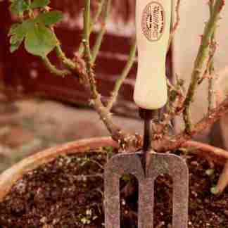 rateau de jardinage éco-responsable, ne casse pas facilement, fourche de jardin à main fabriqué en hollande en frêne et fer forgé - outils de jardin pour citadin