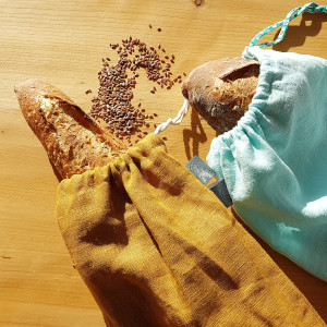 sac à pain en tissu en lin couleur orage et bleu