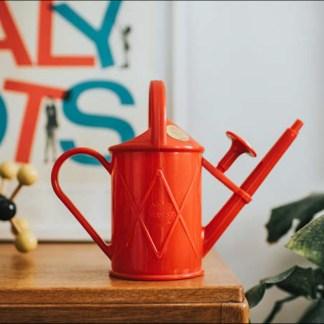 arrosoir rouge pour enfant, petite taille, capacité 1L pour arroser plantes en pot, jardinage et activités en plein air pour enfant, échoppe végétale