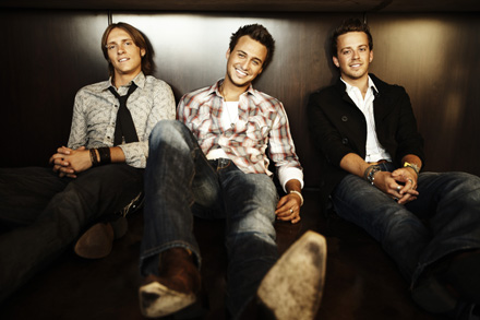 Love and Theft Phot