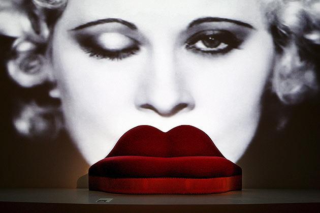 Salvador Dali Mae West sofa