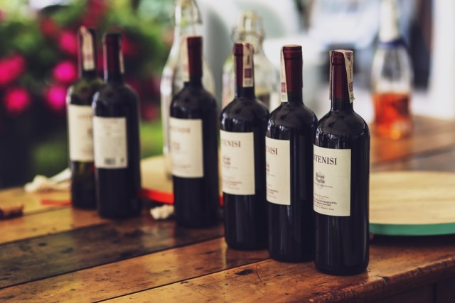 faux aliments végétariens le vin- source pexels