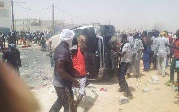 صورة شيخ من سكان كزرة بوعماتو : جماعات ملثمة ومنظمة من خارج الحي هي من قامت بمهاجمة الشرطة وإحراق باصها