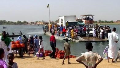 صورة وفاة  أشخـاص  بعد غرق باص كان يقلهم  في نهر السينغال