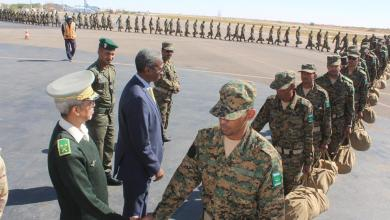 صورة القائد المساعد  لأركان الجيوش يتفقد القوات الموريتانية في وسط افريقيا