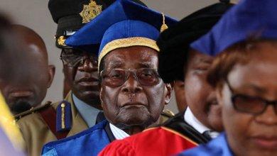 صورة رئيس زيمبابوي يوافق على شروط تنحيه