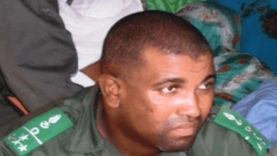 صورة المدير الجهوي لجمارك أترارزة يوقف مواطنا غامبيا متلبسا بحيازة 10 كلغ من المخدرات