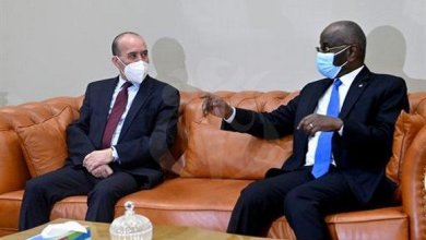 صورة توقيع مذكرة تفاهم لإنشاء لجنة ثنائية حدودية بين موريتانيا والجزائر