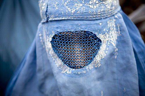 Burkadom synes at åbne for flere indskrænkninger