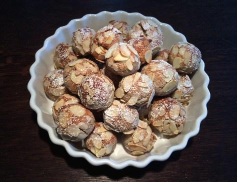 Rezept-und Zubereitung-fuer-balla-mandorla-oder-auch-mandelbaellchen