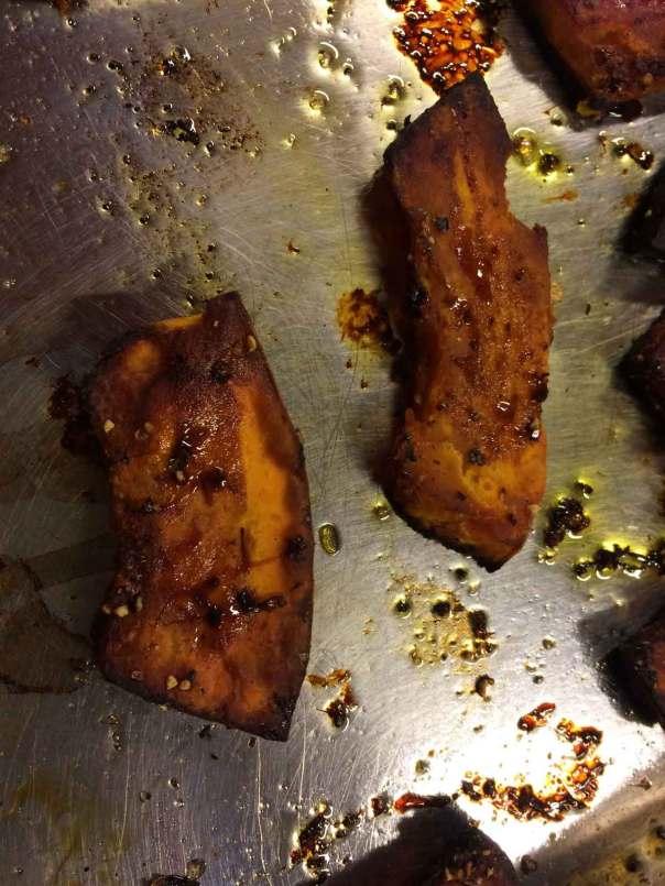 Schijfjes geroosterde pompoen uit de oven