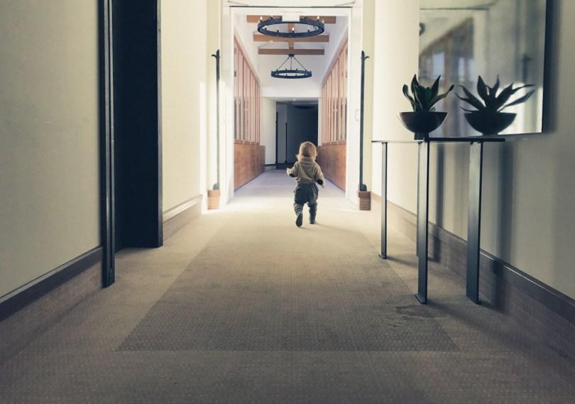 Auf dem Weg zum Zimmer im AROSA Hotel in Kitzbühel