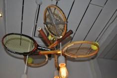 Tennislampe im Restaurant