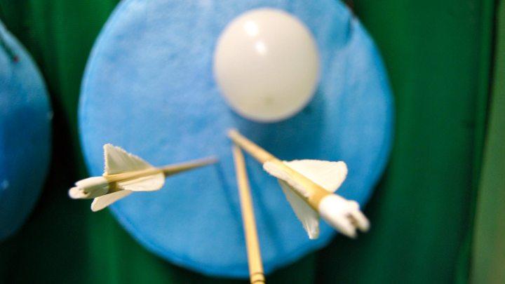 Zielscheibe mit Luftballon