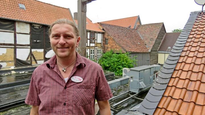 Jörn Zeisbrich auf Dachterrasse