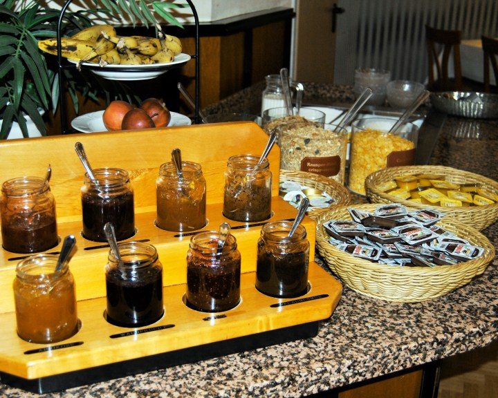 Marmeladenauswahl am Büffet