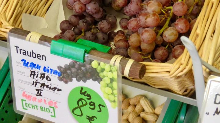 In der Kornblume gibt es Biotrauben aus Italien.