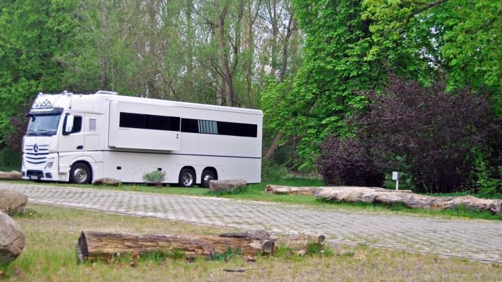 LKW-großes Wohnmobil