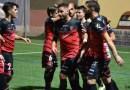 El fútbol volvió al Polinario con presencia astigitana