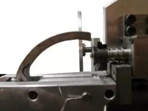 Maquina de corte e dobra