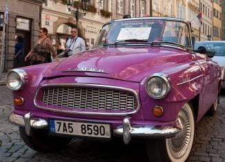 Bild des Cabrios Skoda Felicia in Prag