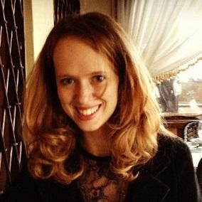 Tara_IsabellaBurton-Interviews_Answer___Burton-burton_photo