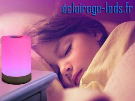 Veilleuse LED RGB portable rechargeable sur prise USB 230v