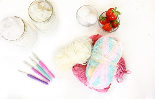 Yarn Weights and Hook Sizes: Learn How to Crochet Part 1