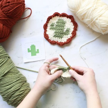 Beginner's Guide to Tapestry Crochet by ECLAIREMAKERY.COM